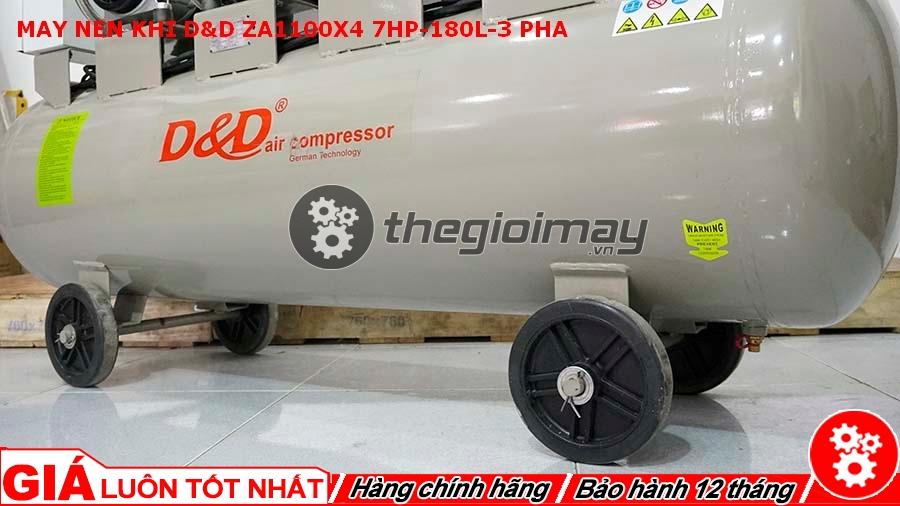 Máy trang bị hệ thống bánh xe giúp máy dễ dàng di chuyển hơn