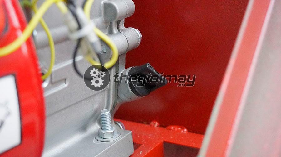 Máy băm chuối hỗn hợp động cơ xăng Takyo TK 55