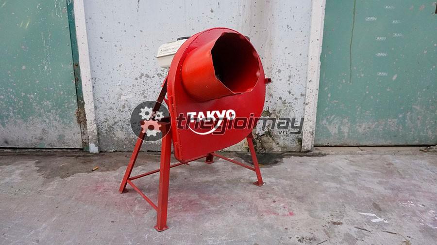 Máy băm chuối nghiêng hỗn hợp Takyo TK 55 là lựa chọn hàng đầu trong việc băm nhuyễn chuối, cỏ cho vật nuôi