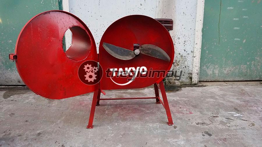 Lưỡi dao của máy băm chuối nghiêng Takyo TK 20 làm bằng thép rèn công nghiệp